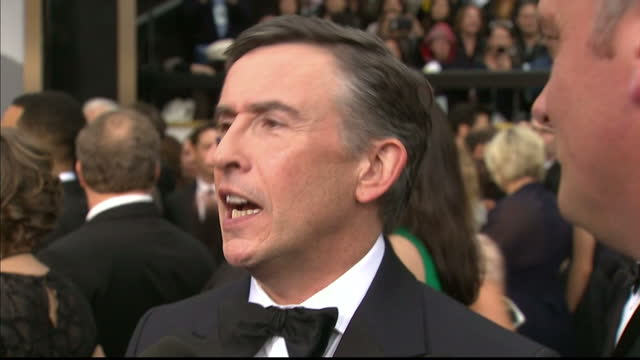 exterior interview with steve coogan, 'philomena'. on march 02, 2014 in los angeles, california. - steve coogan stock videos & royalty-free footage