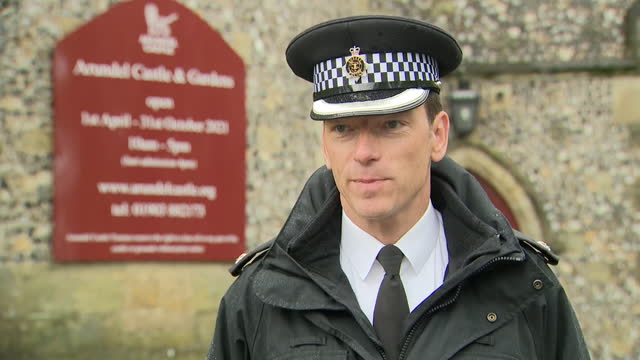 exterior interview with superintendent marc clothier, sussex police, about the break-in and theft of items from arundel castle. 24th may 2021, united... - arundel castle stock videos & royalty-free footage