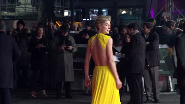 exterior night shots actress rosamund pike posing on red carpet at premiere of 'jack reacher' film new 'jack reacher' film premiere in london at... - rosamund pike stock videos & royalty-free footage