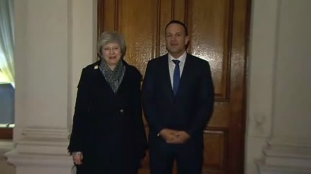 exterior night shots of britain's prime minister theresa may posing for photo op with ireland's prime minister leo varadkar on 8th february 2019 in... - theresa may stock-videos und b-roll-filmmaterial