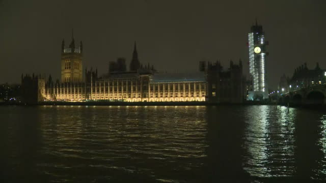 exterior night shots of the lights of westminster palace being turned off for earth hour on 24th march 2018 in london united kingdom - earth hour stock videos & royalty-free footage