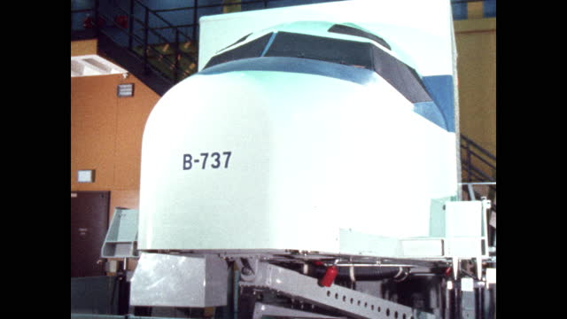 exterior nose of boeing 737 flight simulator bounces - training course stock videos & royalty-free footage