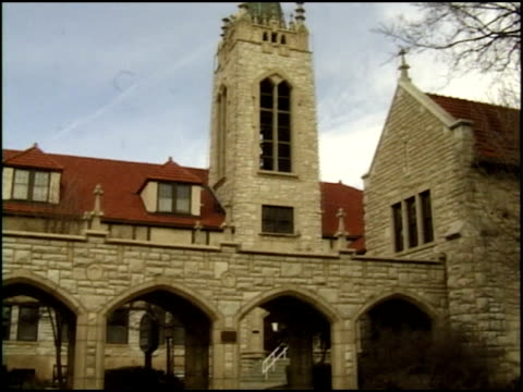 exterior of a first presbyterian church in amarillo texas - anno 2002 video stock e b–roll