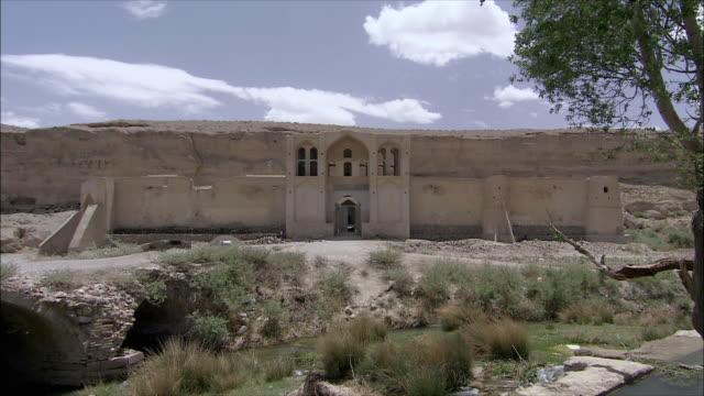 ws zi exterior of caravanserai, iran - inn stock videos & royalty-free footage