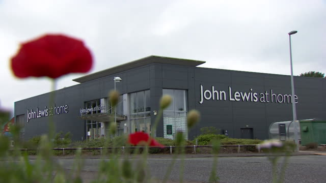 """exterior of john lewis at home - """"bbc news"""" stock videos & royalty-free footage"""