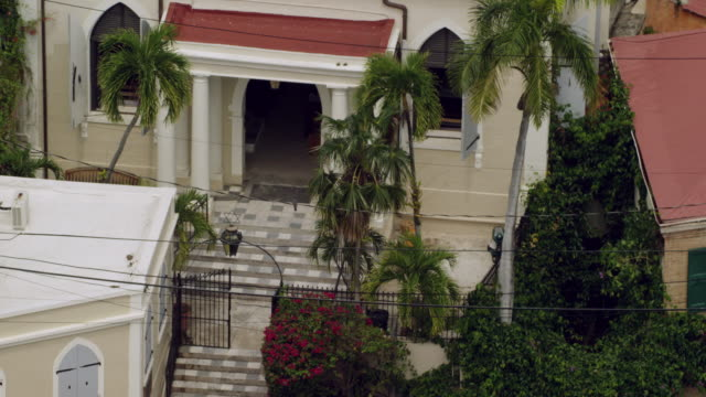 ms zo aerial pov exterior of saint thomas synagogue / charlotte amalie, saint thomas, us virgin islands, united states - steps stock videos & royalty-free footage
