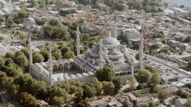 vidéos et rushes de aerial exterior of the blue mosque / istanbul, turkey - istanbul