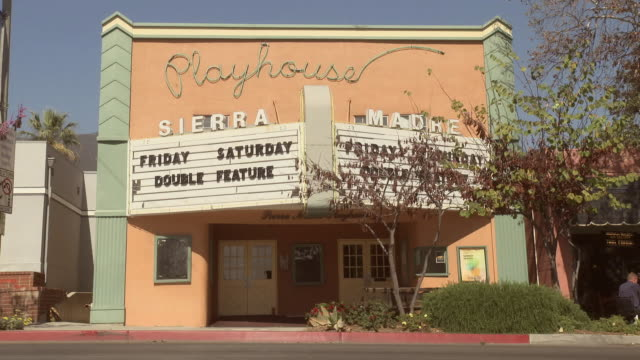 vídeos de stock, filmes e b-roll de ws exterior of the sierra madre playhouse / sierra madre, california, united states - sierra madre