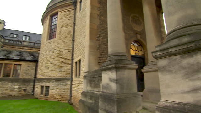 exterior pan right onto the doorway of rhodes house, oxford - 20 24 years stock videos & royalty-free footage