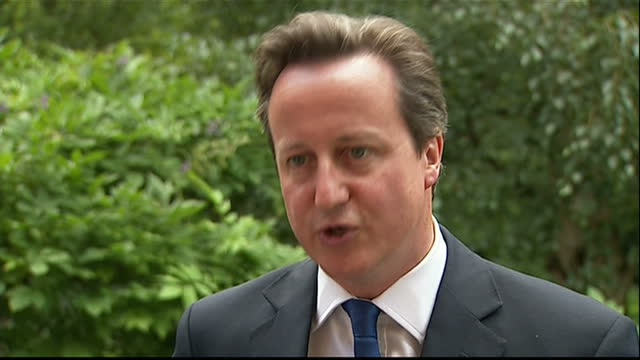 exterior shot interview prime minister david cameron offers explanations for his reshuffle why he chose more women for positions whether michael gove... - prime minister's questions bildbanksvideor och videomaterial från bakom kulisserna