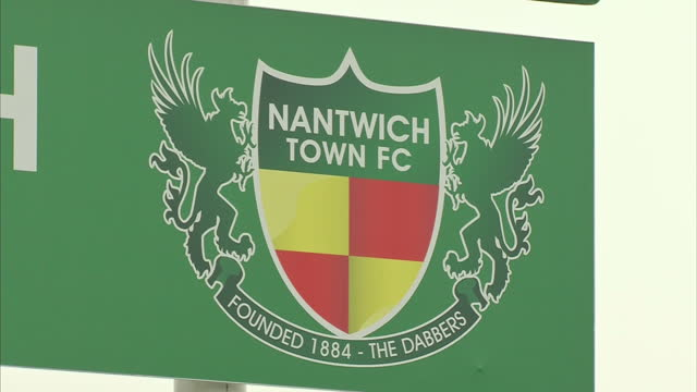 exterior shot nantwich town fixture board. exterior shots players passing ball during training. interior shot whiteboard showing previous giant... - nantwich stock-videos und b-roll-filmmaterial