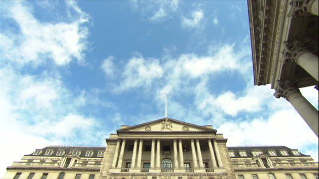 Exterior shot of Bank of England Headquarters in London