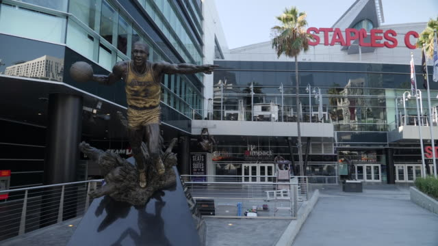 exterior shot of the staples center arena on 8th october 2019 in los angeles united states - staples center video stock e b–roll