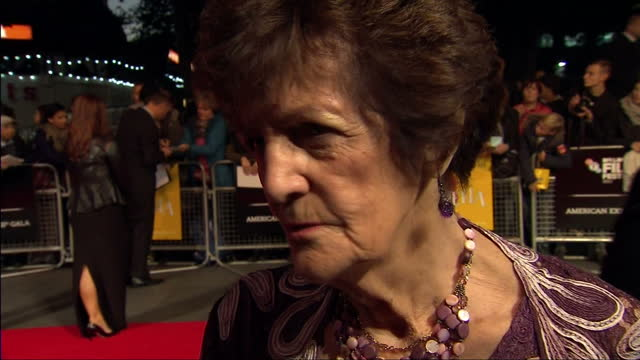 vídeos de stock e filmes b-roll de exterior shot philomena lee talks about what it was like seeing her life story on the big screen she says she never in her live imagined it would be... - live and let live film title