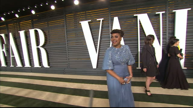 exterior shots and quick interview with ava duvernay on february 22 2015 in los angeles california - festa post oscar di vanity fair video stock e b–roll