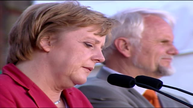 Exterior shots Angela Merkel chairwoman of the Christian Democratic Union CDU campaigning in Flensburg on August 22 2005 in Flensburg Germany