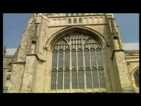 exterior shots canterbury cathedral. - canterbury cathedral stock videos & royalty-free footage