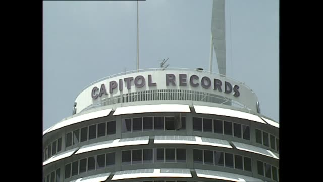 Exterior shots Capitol Records Building Capitol Records Tower on 16 June 1994 in Hollywood Los Angeles USA