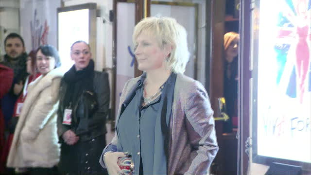 exterior shots comedian jennifer saunders poses on red carpet lots of flash photography viva forever spice girls musical premiere at piccadilly... - jennifer saunders stock videos & royalty-free footage