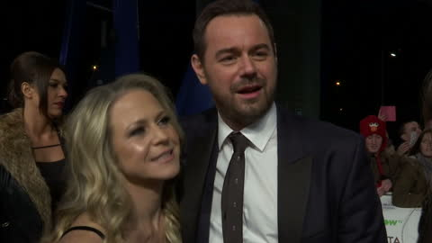 vídeos y material grabado en eventos de stock de exterior shots danny dyer, actor on national television awards red carpet talking about being nominated for an award for his role in eastenders. on... - telenovela