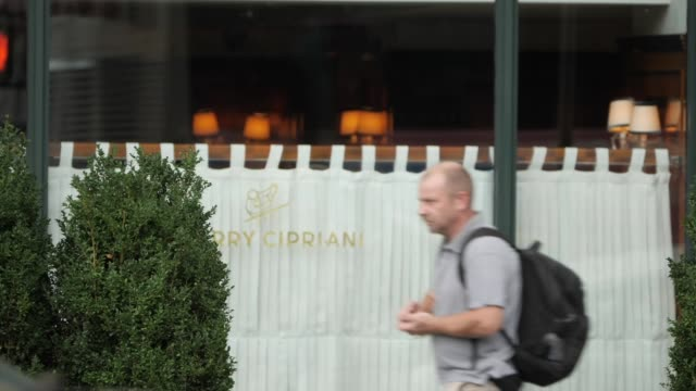 exterior shots harry cipriani restaurant exteriors on 10 october 2018 in new york usa - italian food stock videos & royalty-free footage