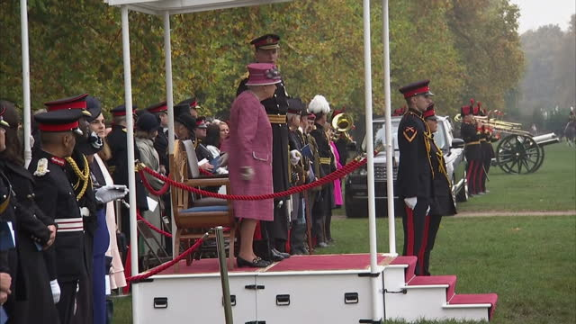 exterior shots her majesty the queen marks 70 years of the king's troop royal horse artillery the queen watches horse parade ceremony hyde park... - royal horse artillery stock videos and b-roll footage