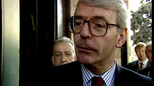 stockvideo's en b-roll-footage met exterior shots john major exits car at the funeral of yitzhak rabin is interviewed regarding parliament and lord nolan on november 06 1995 in... - yitzhak rabin