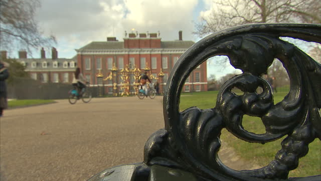 exterior shots kensington palace and gardens on february 24 2015 in london england - kensington palace video stock e b–roll