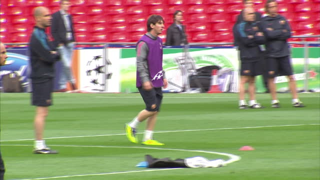exterior shots lionel messi training with barcelona squad at wembley stadium ahead of the 2011 uefa champions league final on may 27 2011 in wembley... - lionel messi stock videos and b-roll footage