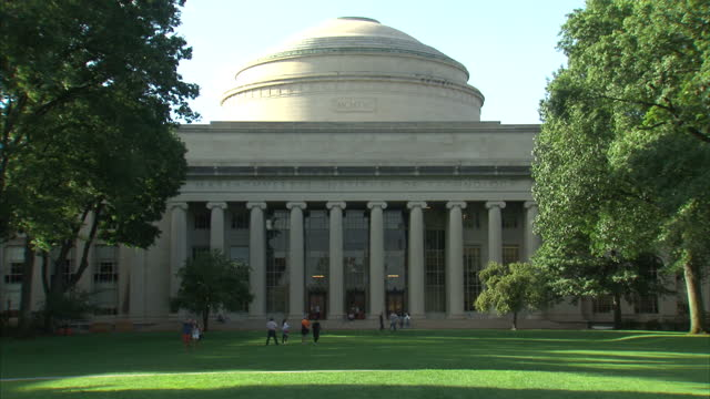 exterior shots mit massachusetts institute of technology site, campus, students and emblem on september 01, 2015 in boston, usa. - boston massachusetts video stock e b–roll
