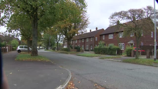 exterior shots of a council housing estate in wythenshawe on 4 october 2017 in manchester united kingdom - manchester england stock videos & royalty-free footage