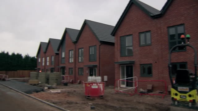 exterior shots of a new social housing construction site on 8 january 2019 in solihull united kingdom - 公営アパート点の映像素材/bロール