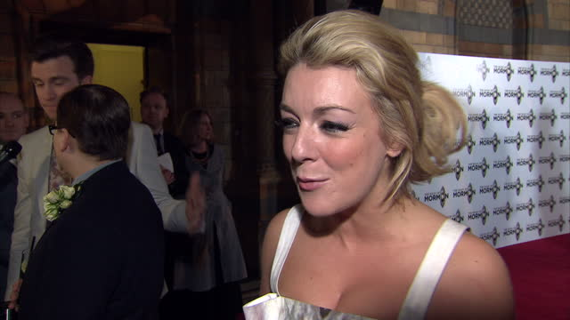 exterior shots of actress sheridan smith giving an interview on the red carpet at the book of mormon premiere at prince of wales theatre on march 21... - sheridan smith stock videos & royalty-free footage