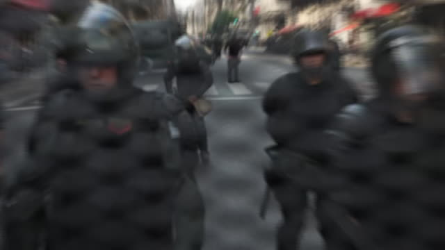 exterior shots of armed police guarding a security barricade outside the g20 summit venue on 30 november 2018 in buenos aires, argentina - barricade stock videos & royalty-free footage