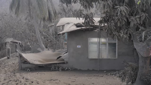 exterior shots of ash covered houses following the taal volcano eruption on 16 january 2020 in laurel in batangas province philippines - taal volcano stock videos & royalty-free footage