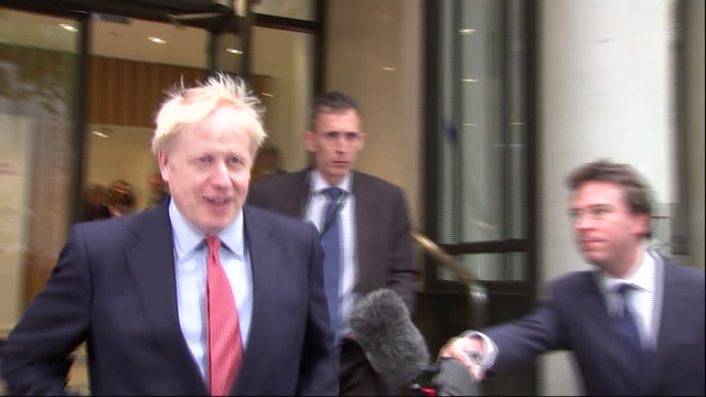 GBR: Boris Johnson and Jeremy Hunt fight it out in leadership bid.