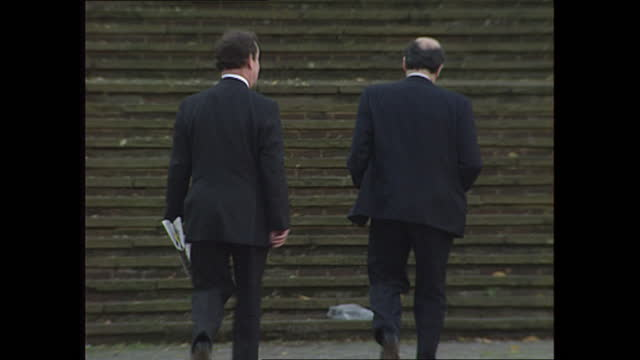 exterior shots of brian leveson qc arriving at winchester crown court for the trial of rosemary west on 16th november 1995 winchester united kingdom. - 1995 stock videos & royalty-free footage