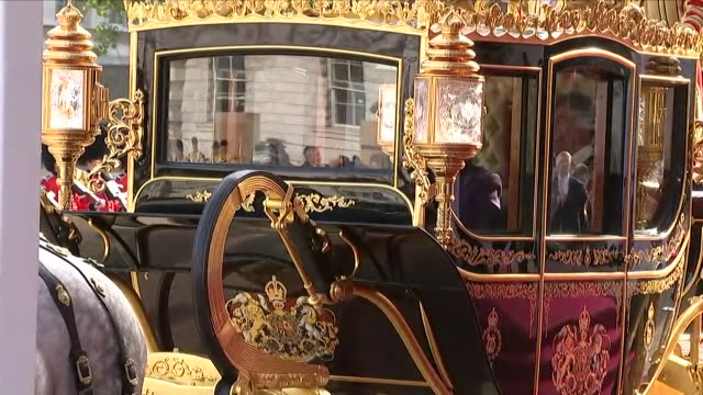exterior shots of britain's queen elizabeth ii and king willemalexander of the netherlands getting into the state coach britannia and departing for... - horse guards parade stock videos and b-roll footage