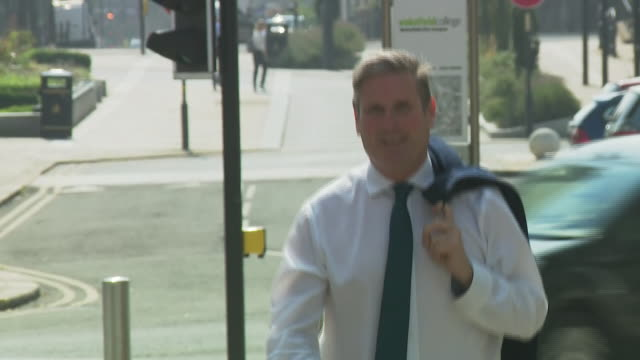 exterior shots of british labour party leader sir keir starmer visiting wakefield college on 12th august 2020 wakefield, united kingdom. - keir starmer stock videos & royalty-free footage