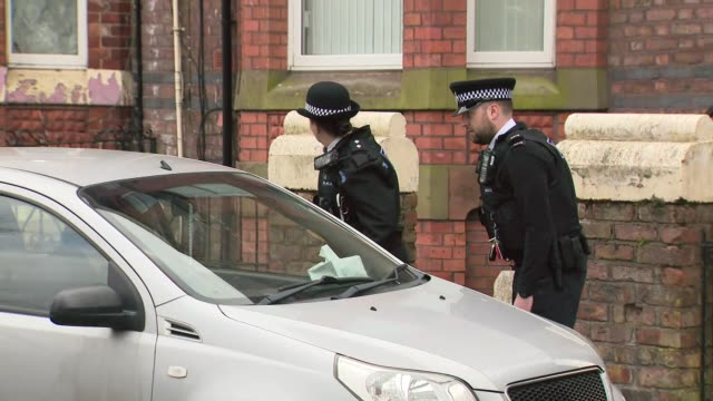 exterior shots of british police officers speaking to members of the public during the coronavirus epidemic and lockdown on 31th march 2020... - police force stock videos & royalty-free footage