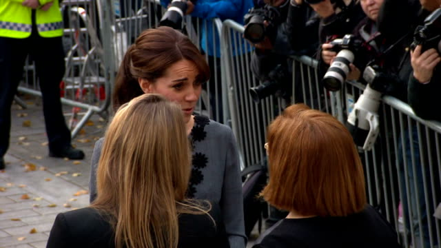exterior shots of catherine duchess of cambridge, wearing an orla kiely dress, arriving for chance uk's early intervention child mentoring programme... - islington stock videos & royalty-free footage