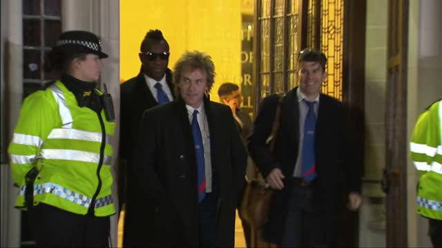 exterior shots of charlie mullins ceo of pimlico plumbers departing the supreme court on december 5 2016 in london england - 提訴点の映像素材/bロール