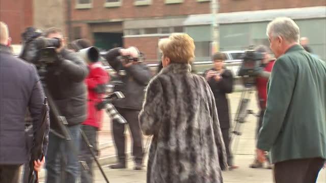 exterior shots of coronation street actress anne kirkbride arriving at preston crown court on in preston lancashire - ウィリアム・ローチ点の映像素材/bロール