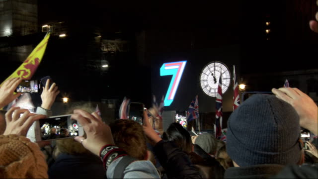exterior shots of countdown to brexit at parliament square brexit celebration party on 31st january 2020 in london, england. - countdown stock videos & royalty-free footage