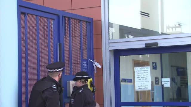 exterior shots of croydon police station and police officers standing at the entrance on the 26th september 2020 in croydon, london, england - criminal investigation stock videos & royalty-free footage