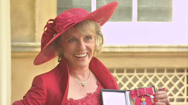 vídeos y material grabado en eventos de stock de exterior shots of dame esther rantzen posing with her insignia badge and star after being appointed dame commander of the british empire>> on june 25... - insignia accesorio personal