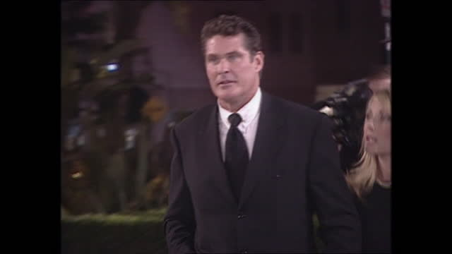 exterior shots of david hasselhoff on the oscars vanity fair party red carpet on 26th march 2001 in los angeles, california, united states. - vanity fair stock videos & royalty-free footage