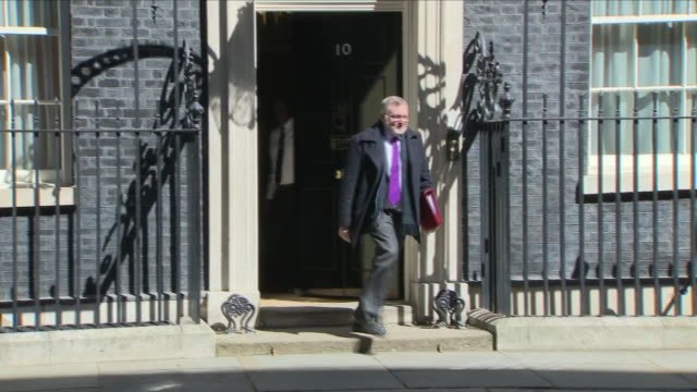 exterior shots of david mundell mp secretary of state for scotland walking from 10 downing street on 1 may 2018 in london united kingdom - 10 downing street stock videos and b-roll footage