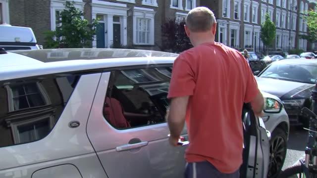 GBR: UK advisor to Boris Johnson Dominic Cummings reported to have broken coronavirus lockdown rules