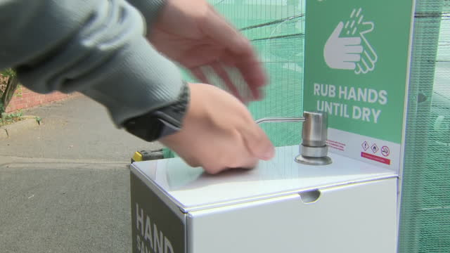 GBR: Birmingham drinkers celebrate relaxation of the coronavirus restrictions